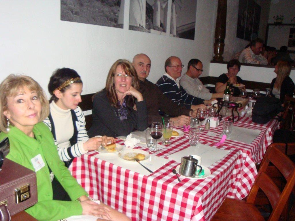 fundraiser2011-04-08-18