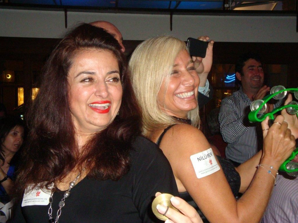 fundraiser2011-04-08-33