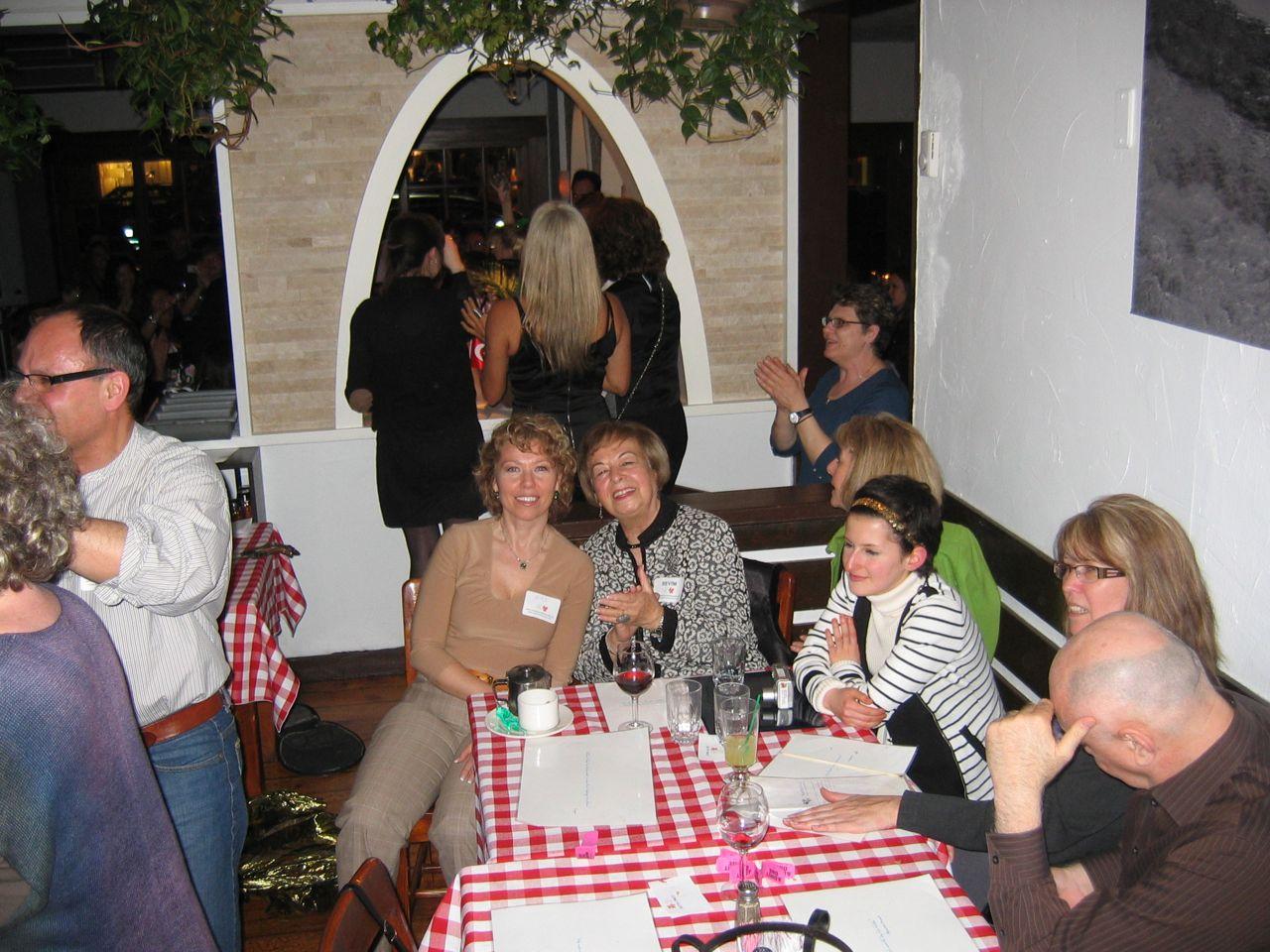 fundraiser2011-04-08-4